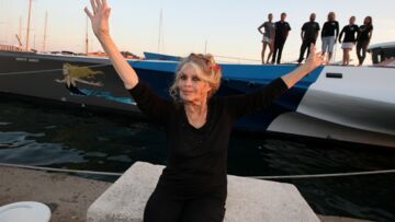 Brigitte Bardot n'a pas la langue dans sa poche, sa charge contre un ministre: «il ne sert à rien»