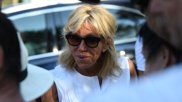 «Les enfants arrivent» Brigitte Macron répond aux journalistes pendant que son mari travaille