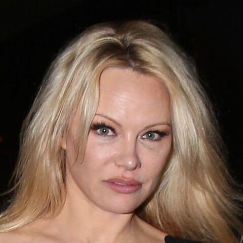 Pamela Anderson, amoureuse, défend Adil Rami face aux attaques sur leur couple: «C'est l'enfer d'être avec moi»
