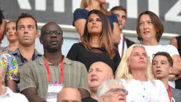 Karine Ferri: la jeune maman rayonnante soutient l'équipe de son homme Yoann Gourcuff dans les gradins