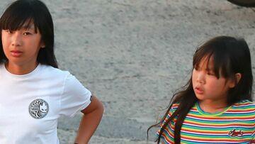PHOTO – Jade et Joy Hallyday: heureuses et complices sur la plage de Saint-Barth