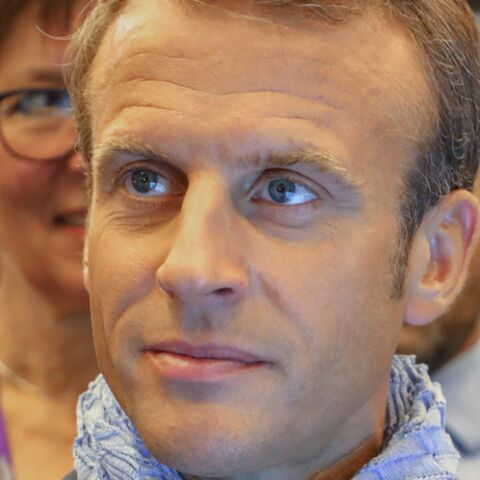 Emmanuel Macron, obligé de se défendre après avoir nommé Philippe Besson, un proche, au poste de consul