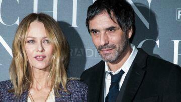 Vanessa Paradis et Samuel Benchétrit inséparables, les jeunes mariés vont de nouveau travailler ensemble