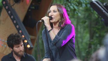 VIDÉO – Zazie «curieuse» de l'album posthume de Johnny Hallyday mais fatiguée des polémiques