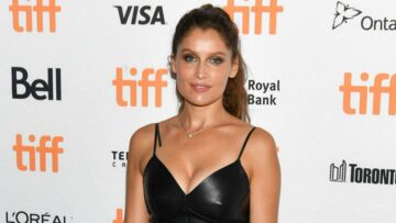 PHOTOS – Laetitia Casta sublime en robe en cuir joliment décolletée à Toronto