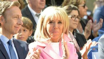 PHOTOS – Brigitte Macron recycle son manteau rose pour les Journées du Patrimoine