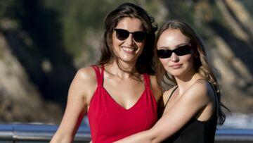 PHOTOS – Laetitia Casta et Lily-Rose Depp, sensuelles et complices au naturel