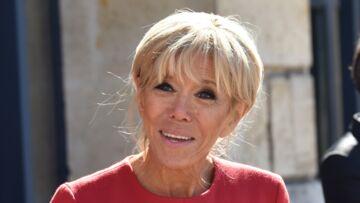 PHOTOS – Brigitte Macron en robe rouge, le clin d'œil qui ne passe pas inaperçu