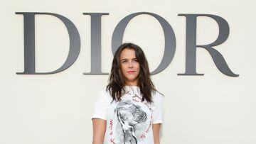 PHOTOS – Pauline Ducruet, décontractée au défilé Dior de la Fashion Week de Paris, aux côtés d'Amelia Windsor et Blake Lively
