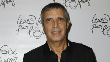Julien Clerc dans The Voice pour l'argent? Le chanteur met les choses au clair
