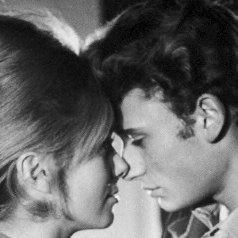 PHOTOS – Johnny Hallyday le séducteur: «l'homme aux 3000 maîtresses»