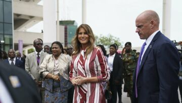 Melania Trump: sa tenue à plus de 1700 euros lors de son arrivée en Afrique fait jaser