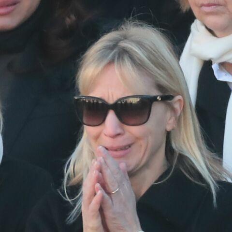 PHOTOS – Katia Aznavour, en larmes, lors de l'hommage national à Charles Aznavour