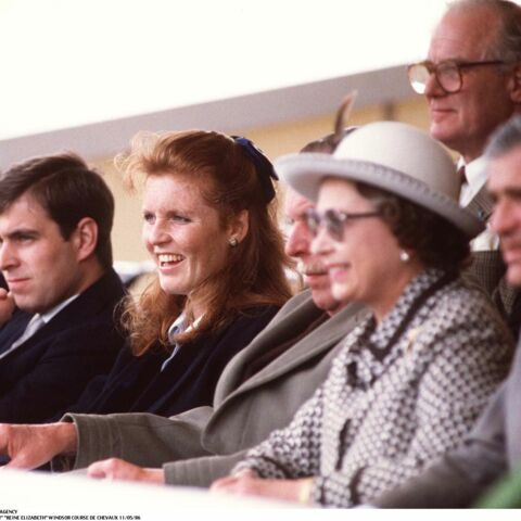 Sarah Ferguson: comment elle est restée proche d'Elisabeth II, malgré son divorce avec le prince Andrew