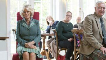 PHOTOS – Grande absente du mariage d'Eugénie d'York, Camilla «s'éclate» loin des Windsor, en Ecosse