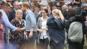 PHOTOS – Meghan Markle enceinte: elle porte une veste stylée designée par son amie Serena Williams