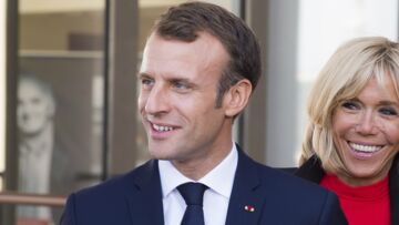 Pour les onze ans de mariage de Brigitte et Emmanuel Macron, une photo qui intrigue