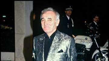 Mort de Charles Aznavour: la tombe du chanteur attire les fans