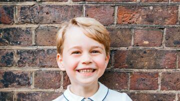Le prince George: découvrez le cadeau très surprenant que lui a fait son grand-père, le prince Charles
