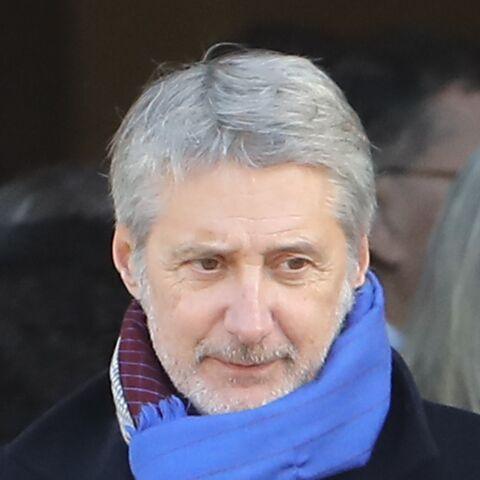 Antoine de Caunes: son hommage plein de tendresse et d'humour durant les obsèques de Philippe Gildas