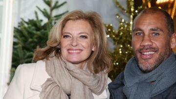 PHOTOS – Valérie Trierweiler amoureuse et heureuse: elle s'offre une nouvelle coupe de cheveux tendance