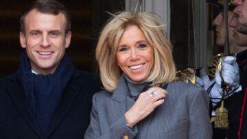 PHOTOS – Brigitte Macron chic et sobre: les jupes courtes c'est vraiment fini