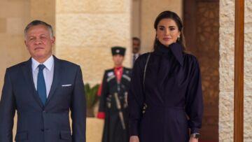 PHOTOS – Rania de Jordanie: une reine rock qui dévoile de nombreux piercings…