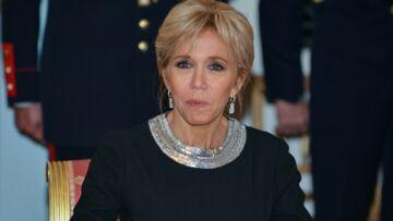 PHOTOS – Brigitte Macron très élégante en robe longue et détails argentés pour le banquet d'Etat à Bruxelles