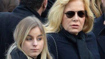 Darina, la fille de Sylvie Vartan, adresse un tendre message à sa maman