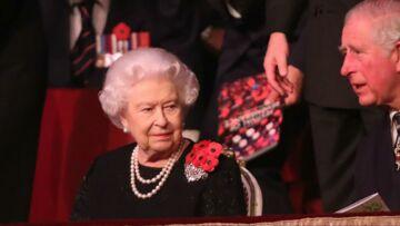 Un spécialiste de la Couronne affirme que la reine Elizabeth n'abdiquera jamais en faveur du Prince Charles