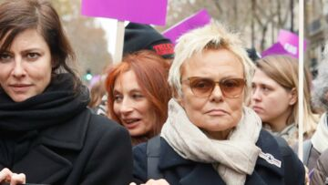 PHOTOS – Muriel Robin, Eva Darlan, Anna Mouglalis et Vanessa Demouy manifestent contre les violences faites aux femmes