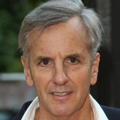 Bernard de la Villardière, opéré du cancer, il a dû se faire enlever un bout de l'oreille