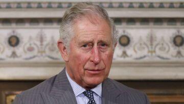VIDÉO – Le prince Charles «épuisé» par les enfants de William et Kate