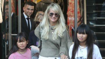 Laeticia Hallyday accusée d'utiliser ses filles Jade et Joy pour sa communication