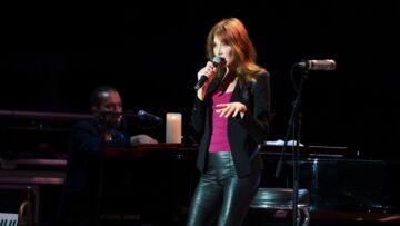 Carla Bruni-Sarkozy: quand elle fait danser la classe politique