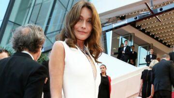 Carla Bruni-Sarkozy, nostalgique, ressort un cliché très sensuel de ses années de mannequinat
