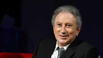 VIDÉO – Michel Drucker: son mea culpa envers Laurent Delahousse