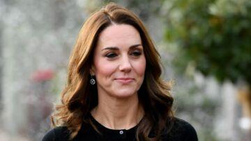 PHOTOS – Kate Middleton radieuse en jupe longue écossaise, un hommage à Lady Di?