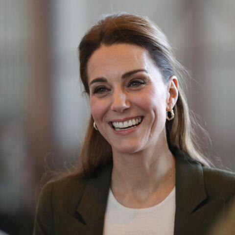 PHOTOS – Kate Middleton change de style et copie totalement Meghan Markle!
