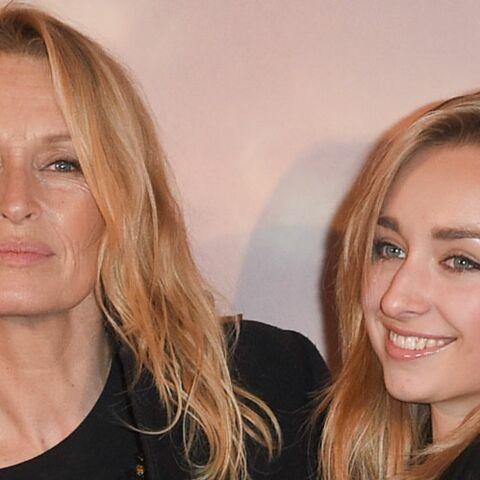 PHOTOS – Estelle Lefébure et Emma Smet, très complices: leur ressemblance est frappante