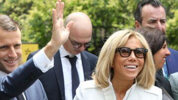 Brigitte et Emmanuel Macron: leur tendre attention, en pleine crise des gilets jaunes
