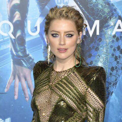 PHOTOS – Maquillage de soirée: copiez le look parfait d'Amber Heard entre smoky eyes et cheveux ondulés