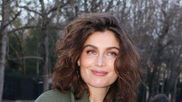 """Laetitia Casta et ses enfants """"tortionnaires"""": ses confidences décomplexées sur la maternité"""