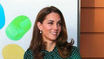 PHOTOS – Kate Middleton, très chic pour une nouvelle messe à Sandringham… mais une entorse aux usages chez les Windsor