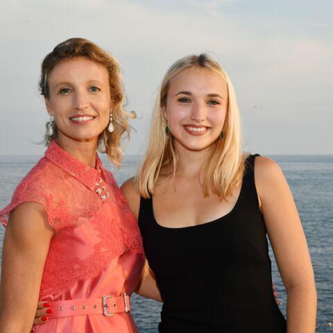 """PHOTO – Alexandra Lamy, maman """"fière"""": son joli message à Chloé Jouannet"""