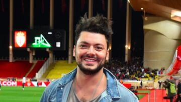 PHOTO – Kev Adams, laminé par les fans de Jamel Debbouze après une blague qui tombe à plat