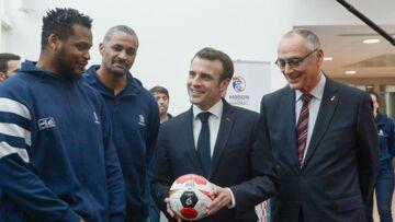 VIDÉO – Emmanuel Macron moqué par les handballeurs: cette bourde qui n'est pas passée inaperçue