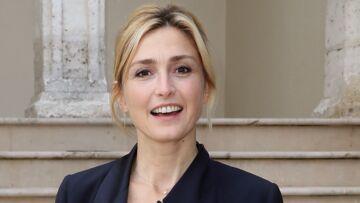 VIDEO – Julie Gayet: sa petite phrase peu aimable envers Emmanuel Macron