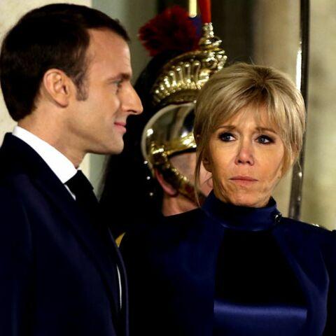 PHOTOS – Brigitte Macron chicissime en robe bleu nuit pour un dîner d'Etat à l'Elysée
