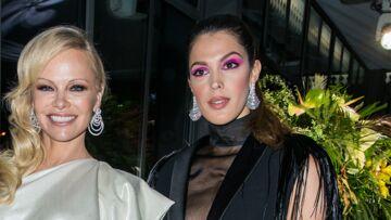PHOTOS – Pamela Anderson, Iris Mittenaere, Monica Bellucci… les stars sexy et chic lors de la soirée du Sidaction